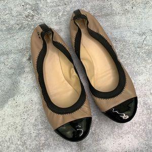 Cole Haan Flats Black & Tan Size 7 1/2